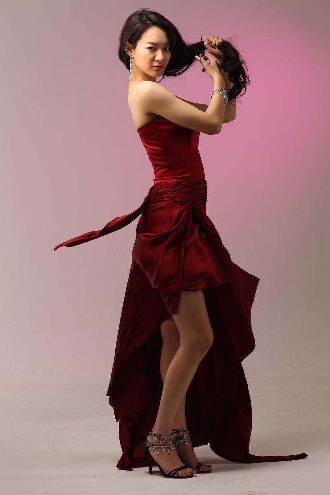 Shin Mina for Mise En Scene, Spring '09