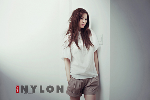 Song Hye Kyo in Nylon (5/09)